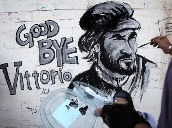 Un murales a Gaza per Vittorio Arrigoni ucciso nel 2011 (Epa)