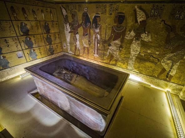 La camera che contiene il sarcofago di Tutankhamon nella Valle dei Re a Luxor (Afp)