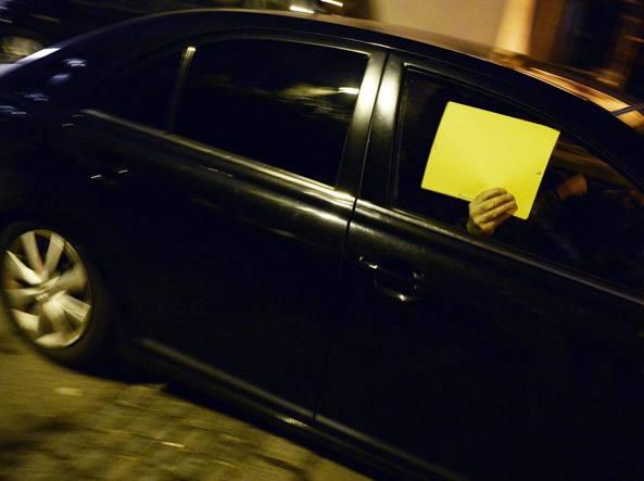 Il blitz all'alba in un hotel di lusso a Zurigo (Reuters)