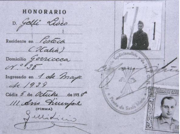 La tessera d'iscrizione di Gelli al partito falangista spagnolo