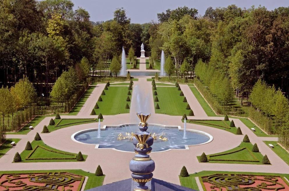 Parigi venduta per 275 milioni di euro la villa pi for La villa piu grande del mondo