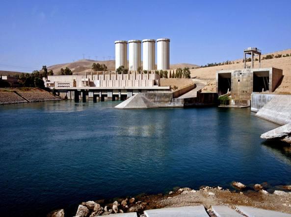 La grande diga di Mosul, Iraq, dove sono attesi i militari italiani