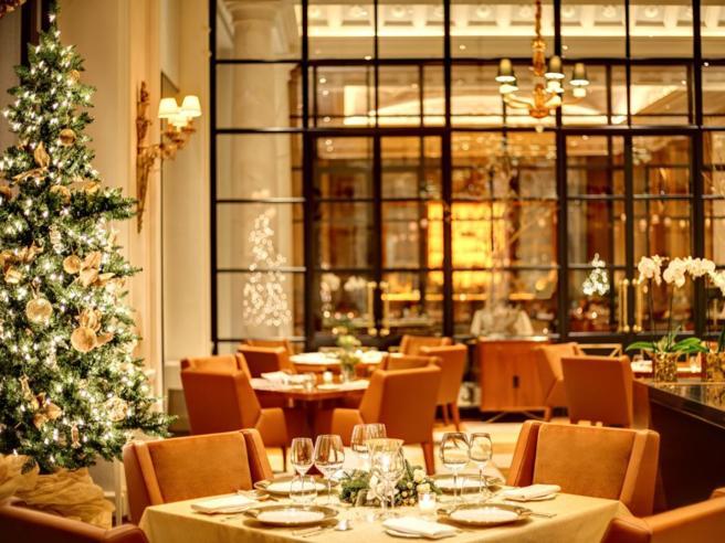 Milano, Firenze, NapoliUndici pranzi di Natalenegli alberghi extra-lusso