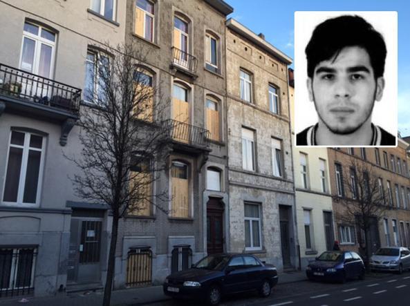 La casa di Molenbeek in cui � stato arrestato Ayoub Bazarouj (Francesca Basso)