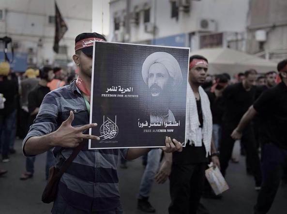 Proteste contro la condanna a morte del religioso Nimr al-Nimr
