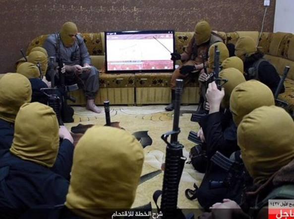 Violenti scontri a Ramadi tra forze Iraq e combattenti Isis