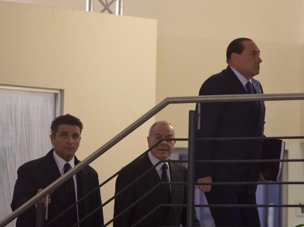 L'arrivo di Berlusconi al Nazareno (Ansa)