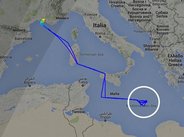 Il tracciato del volo FAF470 martedì mattina, ripercorso da Flightradar24