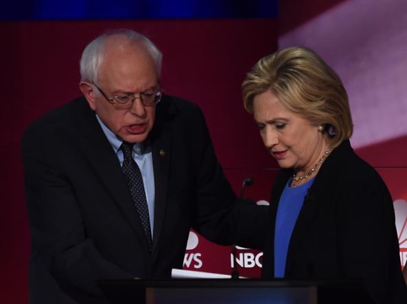 Hillary Clinton e Bernie Sanders (Afp)