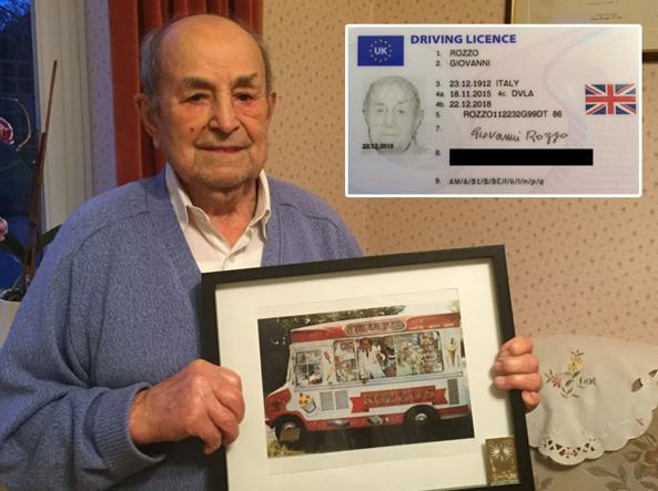 Giovanni Rozzo, 103 anni. Nel riquadro la sua patente rinnovata a novembre
