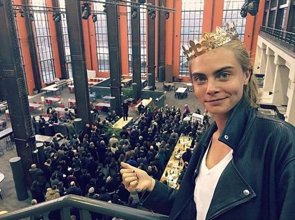 Cara Delevingne nella prima foto sul set del film (Instagram)