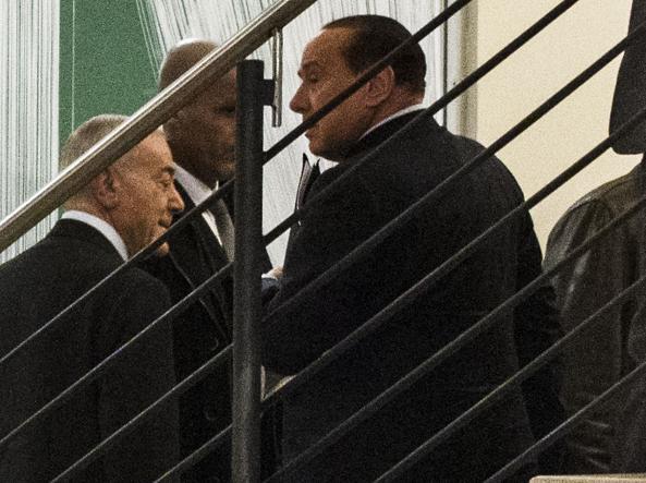 Silvio Berlusconi, accompagnato da Gianni Letta, entra nella sede Pd del Nazareno per incontrare Matteo Renzi. � il 18 gennaio 2014