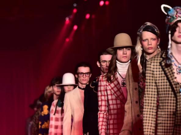 La sfilata di Gucci uomo A/I  2016 2017 a Milano