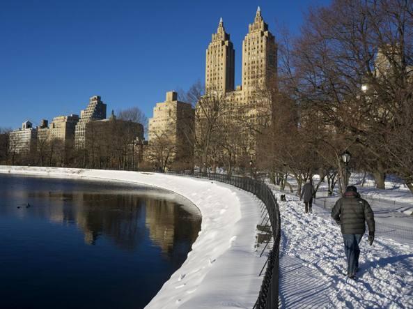 Central Park , New York: cielo azzurro dopo la tempesta di neve (Ap)