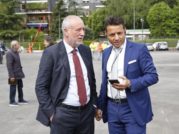 Da sinistra Maurizio Manfellotto, amministratore delegato di Ansaldo Breda e Stefano Siragusa, numero uno di Sts