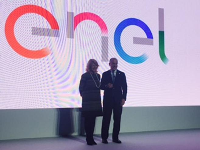 Enel  cambia logo Arriva la scia «colorata di energia»|I marchi