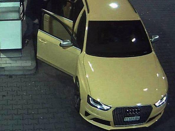 Audi gialla, albanese va in Questura: