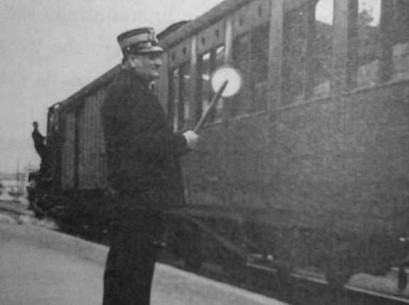 Andrea Albisetti, capostazione di Tradate (tra Milano e Varese) durante l'ultima guerra