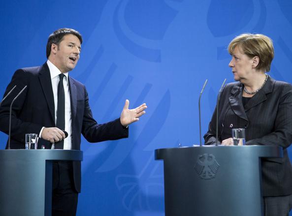 Renzi e Merkel in conferenza stampa al termine dell'incontro