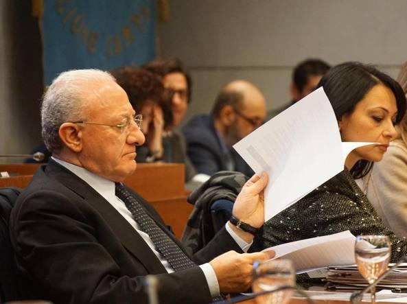 Consiglio Regionale, si vota la mozione di sfiducia a De Luca
