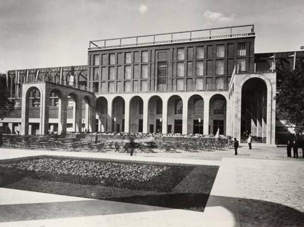 La Triennale nel 1933, anno della V Esposizione internazionale