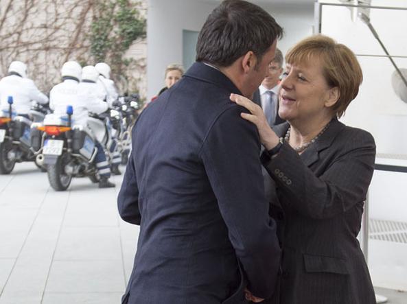 Matteo Renzi e Angela Merkel (Imagoeconomica)