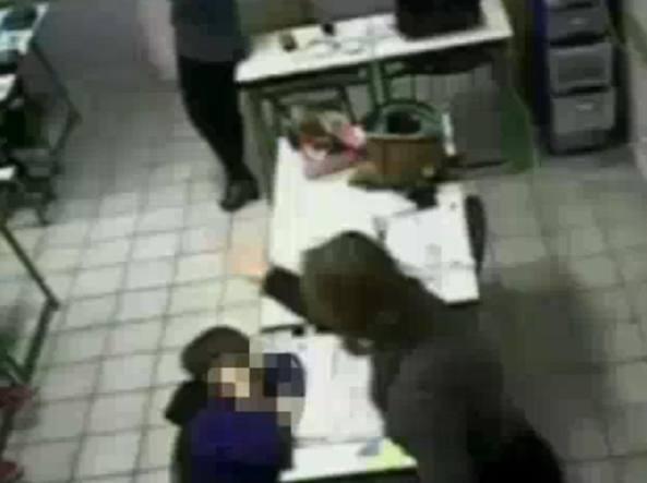 A maggio fu una maestra di Andria ad essere arrestata con l'accusa di aver maltrattato i propri alunni (Foto archivio Ansa)