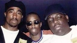 P Diddy con Tupac Shakur ( a sinistra) e Notorius BIG (a destra)