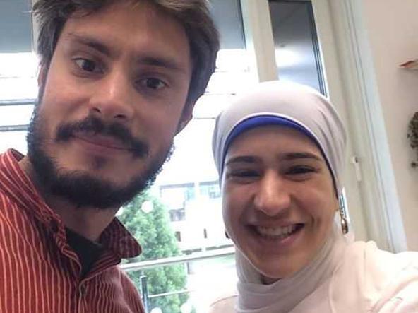 L'ultimo selfie con l'amica Nouhra