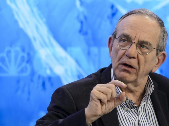 Il ministro del Tesoro Pier Carlo Padoan