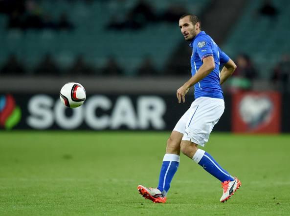 Marco Parolo in azione nella sfida di Baku contro l'Azerbaigian (Getty Images/Villa)