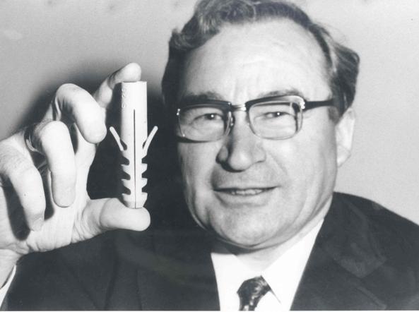 Artur Fischer e il suo famoso tassello