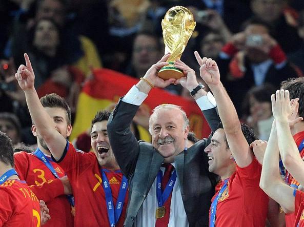 Vicente Del Bosque dopo la finale del 2010 tra Spagna e Olanda (Ansa/Brandt)
