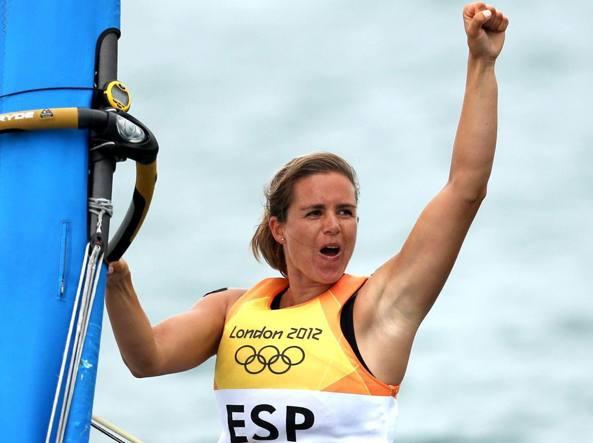 Marina Alabau trionfa nel windsurf a Weymouth, � medaglia d'oro all'Olimpiade di Londra 2012 (Ansa/Hoslet)