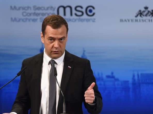 Il premier russo Dmitry Medvedev  (Afp)