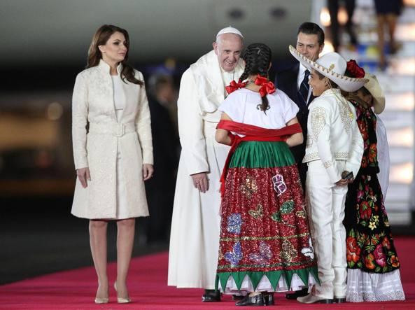 Il Papa a Citt� del Messico (Afp)