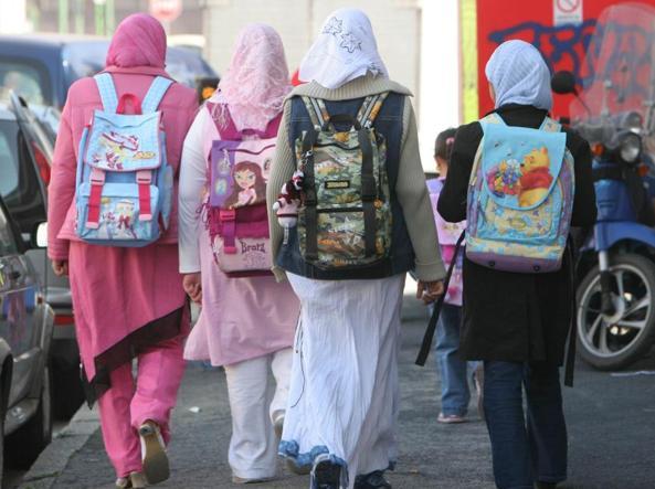 Ragazze islamiche a scuola