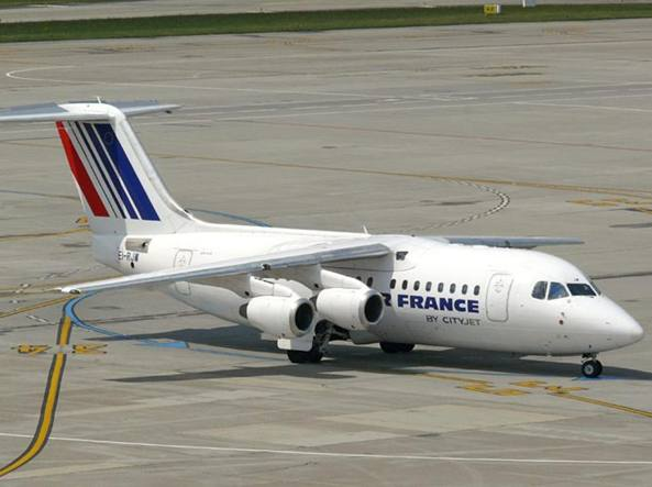 Un Avro RJ85 dell'Air France