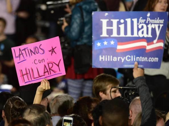 Sostenitori di Hillary Clinton a Las Vegas  (Epa)