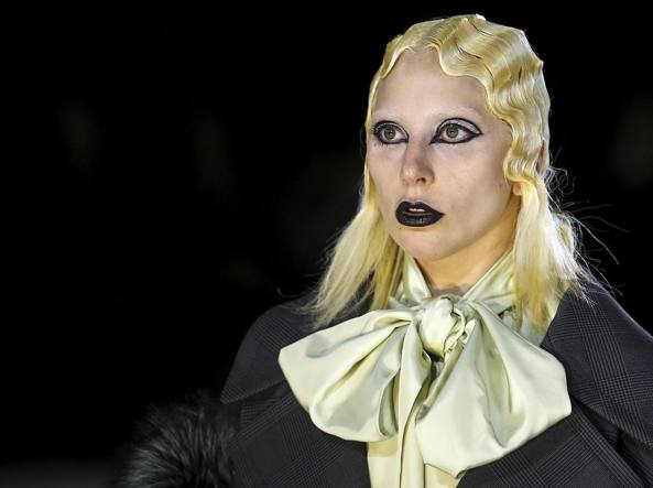 Lady Gaga in passerella a New York per Marc Jacobs