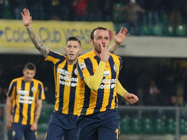 Verona-Chievo 3-1, Toni e Pazzini riaccendono le speranze dell'Hellas
