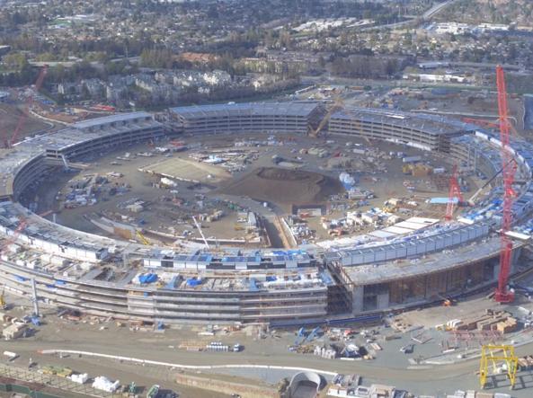 Il cantiere della nuova sede di Apple a Cupertino