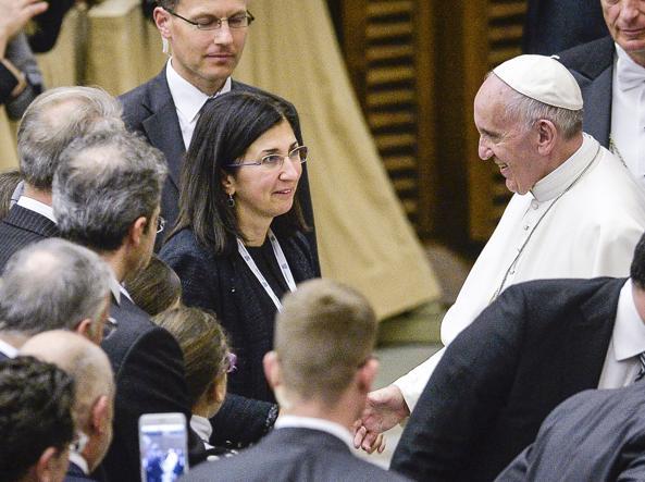 Il Papa riceve i fedeli (Imagoeconomica)