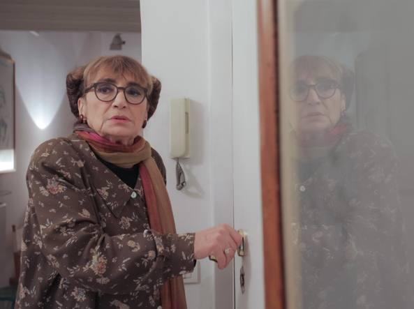 Piera Degli Esposti in uno dei video di Peter Marcias