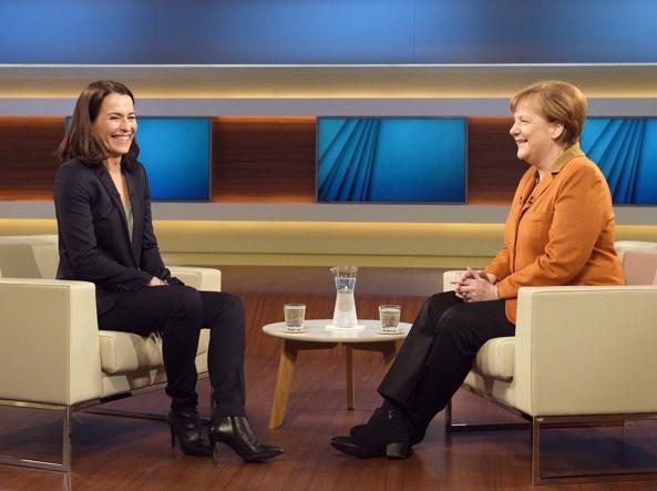 L'intervista alla cancelliera tedesca Angela Merkel