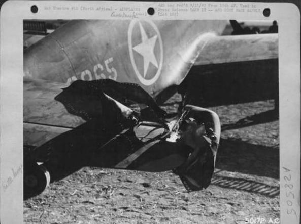 L'aereo del tenente Gossett