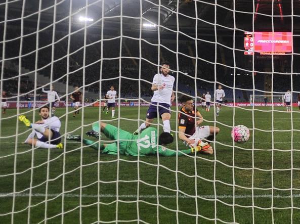 Il gol di El Shaarawy  contro la Fiorentina (Getty)