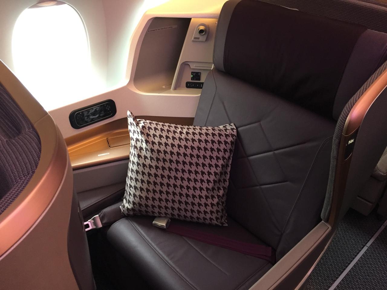 In volo con l aereo pi moderno for Grandi jet d affari in cabina