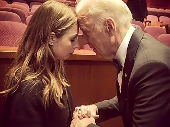 Sofie Karasek  e il Vice President Biden la notte degli Oscar (Courtesy of Sofie Karase)