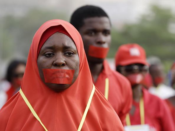 Una manifestazione per le studentesse rapite da Boko Haram (Ap)